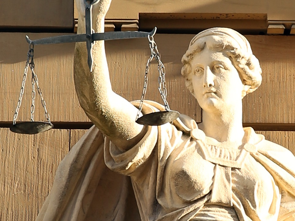 Image of justitia-421805_960_720-1 for Diversity in the English Legal System