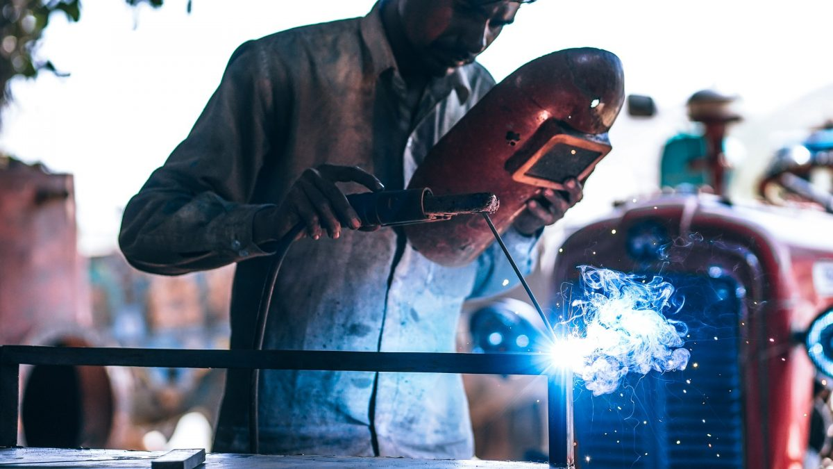 Image of people-3047306_1920 for UK Manufacturing Recovery: Highest Output in 10 Years